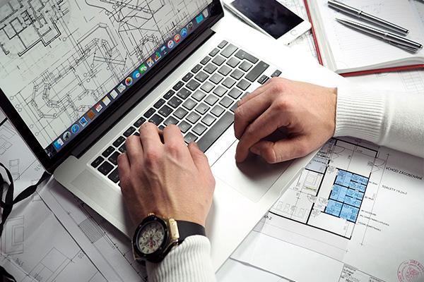 ネット検索で気になる会社の情報収集が出来る!